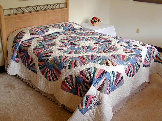 Grandmothers Fan Quilt Photo 1