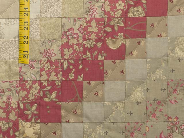 Light Sage and Crimson Trip Around the World Colorsplash Quilt Queen Size Bed Photo 6