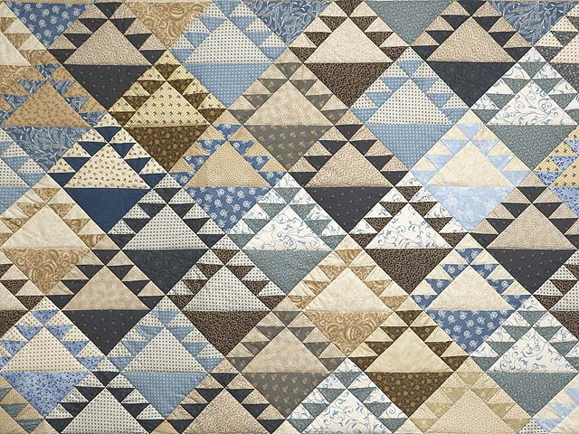 King Blues and Tans Lady of the Lake Quilt Photo 3