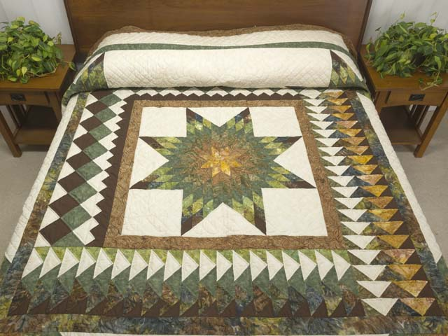 King Gold Green and Brown Star Quest Quilt Photo 1