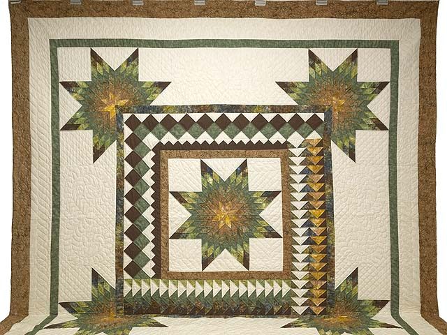 King Gold Green and Brown Star Quest Quilt Photo 2
