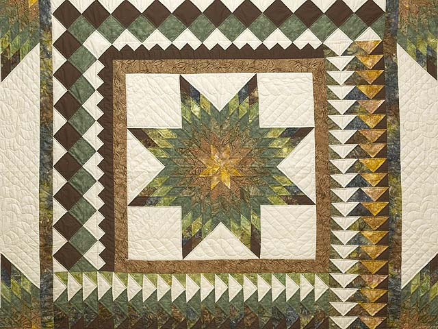 King Gold Green and Brown Star Quest Quilt Photo 3