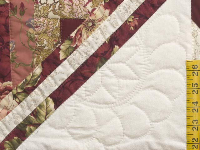 Rose and Cream Lone Star Log Cabin Quilt Photo 6