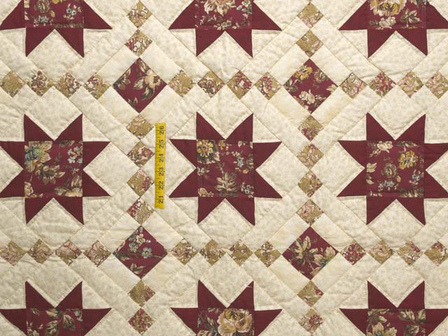 Red Gold and Cream Cross Country Quilt Photo 4