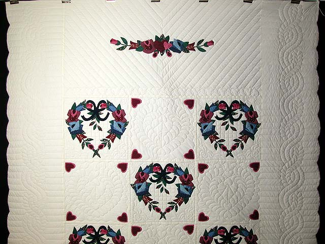 Heart Wreaths Applique Quilt Photo 2