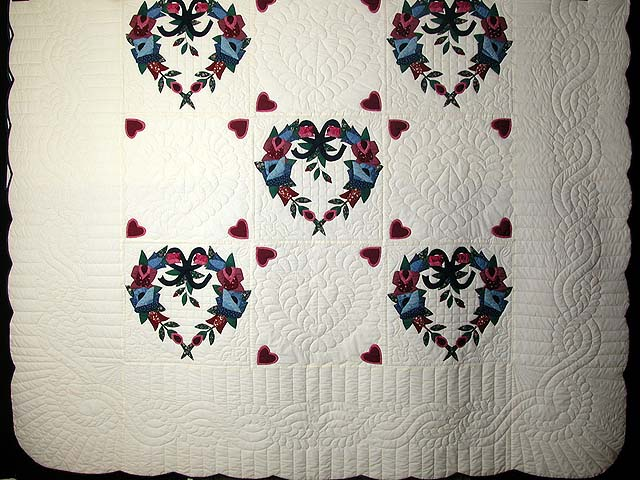 Heart Wreaths Applique Quilt Photo 3