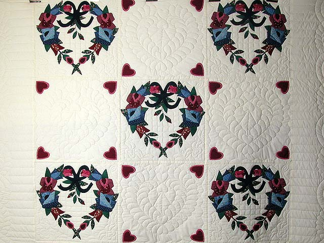 Heart Wreaths Applique Quilt Photo 4