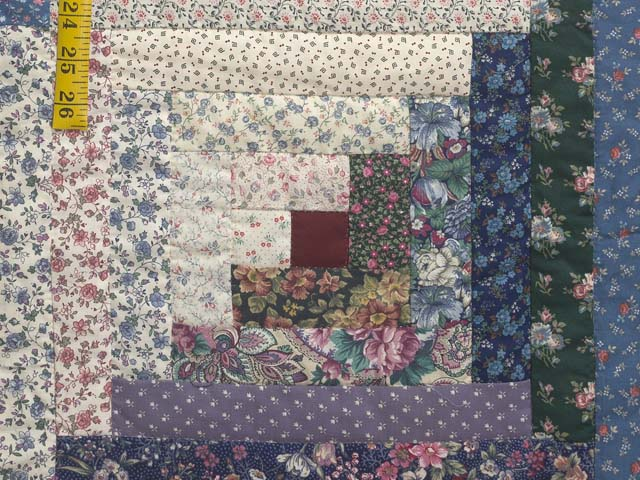 Scrappy Log Cabin Quilt Photo 6