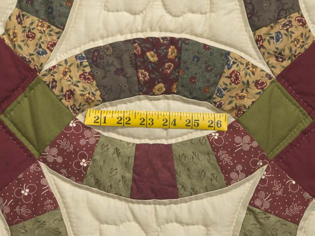Twin Autumn Leaves Double Wedding Ring Quilt Photo 5