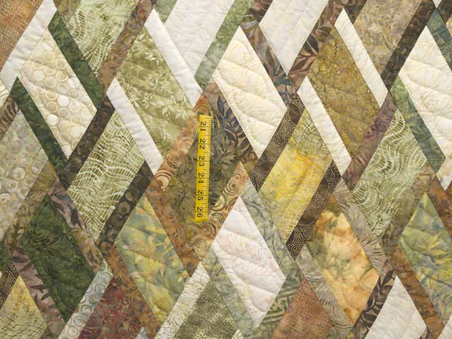Batik Green Gold and Cream Diamond Jubilee Quilt Photo 4