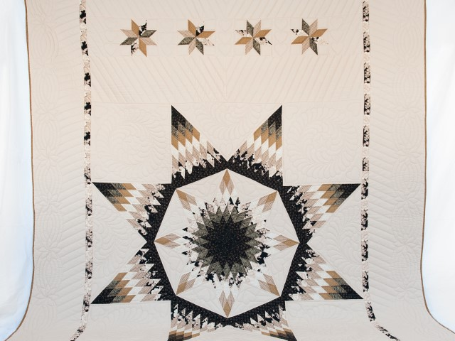 Black, Gold and Beige Maryland Star Quilt Photo 2