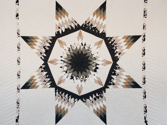 Black, Gold and Beige Maryland Star Quilt Photo 3