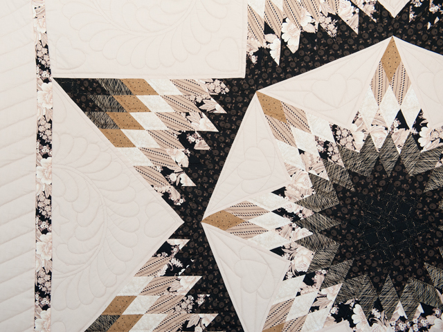 Black, Gold and Beige Maryland Star Quilt Photo 4