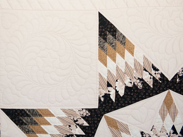 Black, Gold and Beige Maryland Star Quilt Photo 5