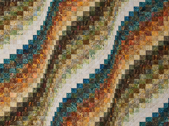 Bargello Wave Quilt Photo 3