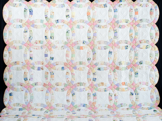 King Floral Pastel Double Wedding Ring Quilt Photo 2