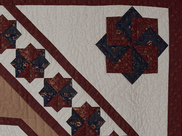 Queen Navy Burgundy and Tan Star Spin Quilt Photo 5