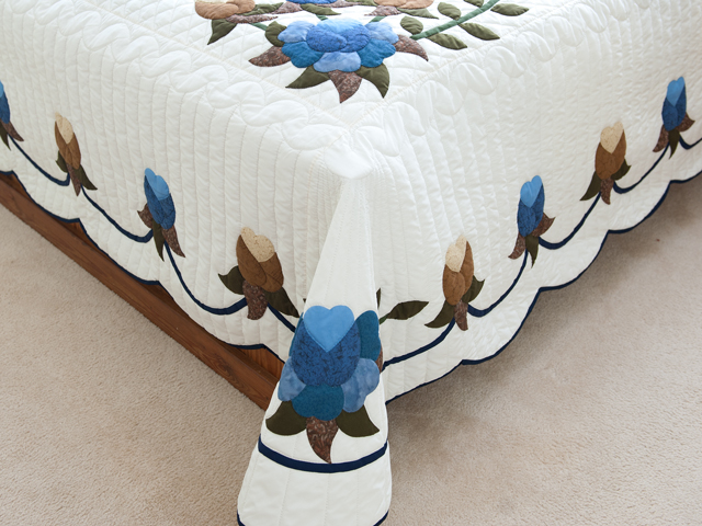 Blue and Coffee Brown Floral Bouquet Quilt Photo 7