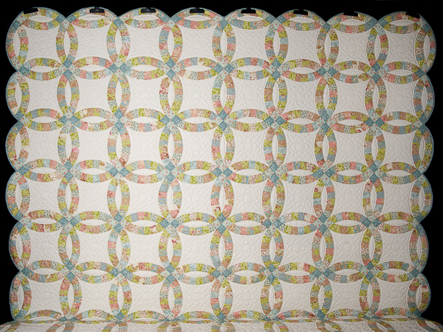 Pastel Double Wedding Ring Quilt King Size Photo 2