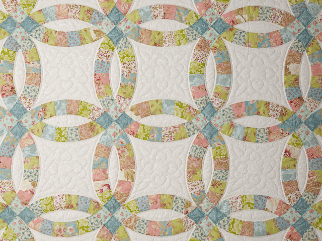 Pastel Double Wedding Ring Quilt King Size Photo 4