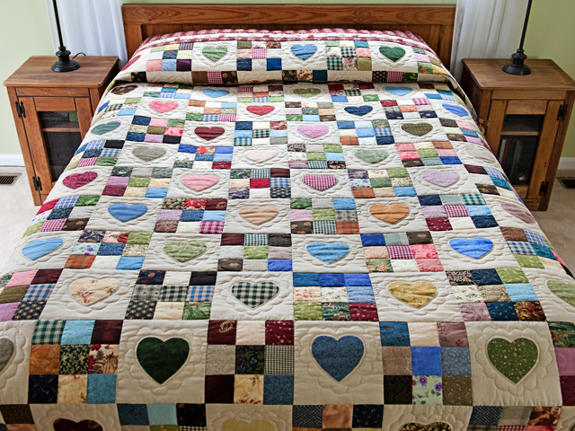 Red and Multicolor Hearts and Nine Patch Quilt Photo 1