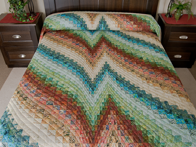 Bargello Heartbeat Quilt -- magnificent smartly made Amish Quilts ... : heartbeat quilts - Adamdwight.com