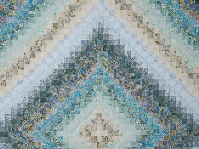 King Colorsplash Quilt Azure to Steel Blue Photo 4