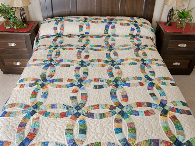 Pastel Double Wedding Ring Quilt Queen Size Photo 1