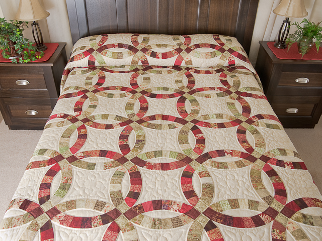 Double Wedding Ring Quilt Queen Bed Size Photo 1