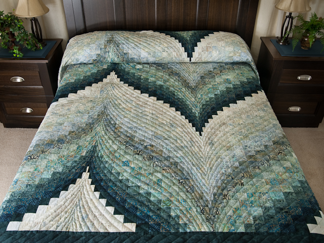 Bargello Flame Quilt King Size Photo 1