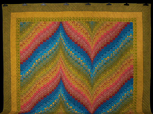 Bargello Flame Quilt Queen Size Photo 2