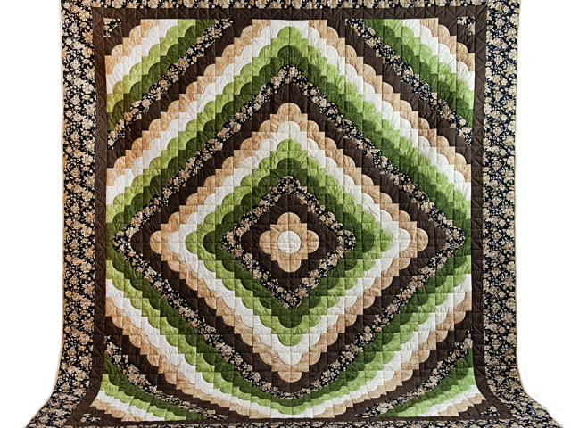 Queen Moss Green and Brown Ocean Wave Quilt Photo 2