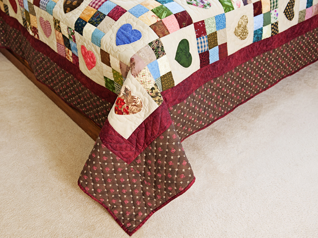 Queen Multi-Color Hearts and Nine Patch Quilt Photo 7