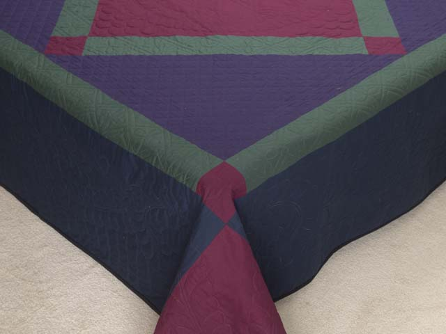 Amish Center Diamond Quilt Photo 7