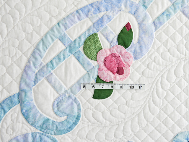 Doves and Roses Wedding Quilt Photo 6