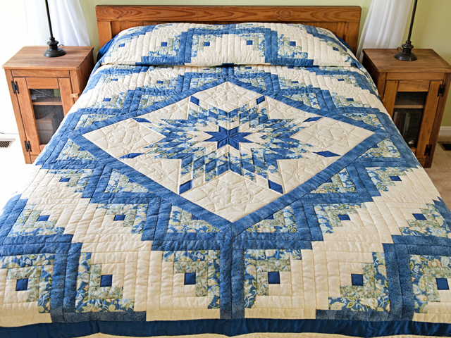 Blue Green Yellow Lone Star Log Cabin Quilt Photo 1