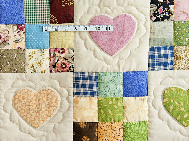 King Navy and Multicolor Hearts and Nine Patch Quilt Photo 5