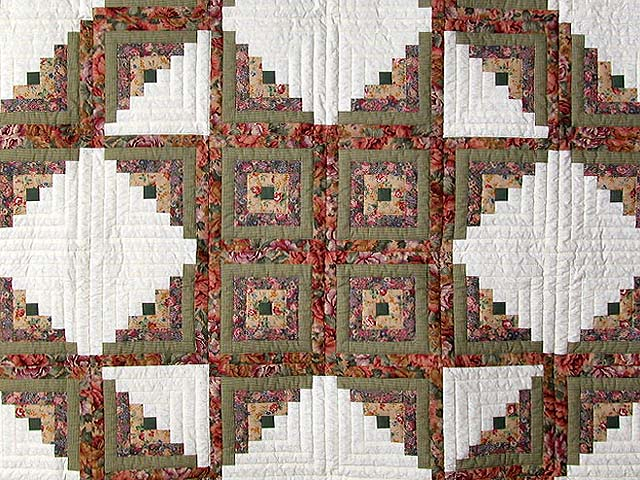 Sage and Pressed Flowers Log Cabin Star Quilt Photo 3