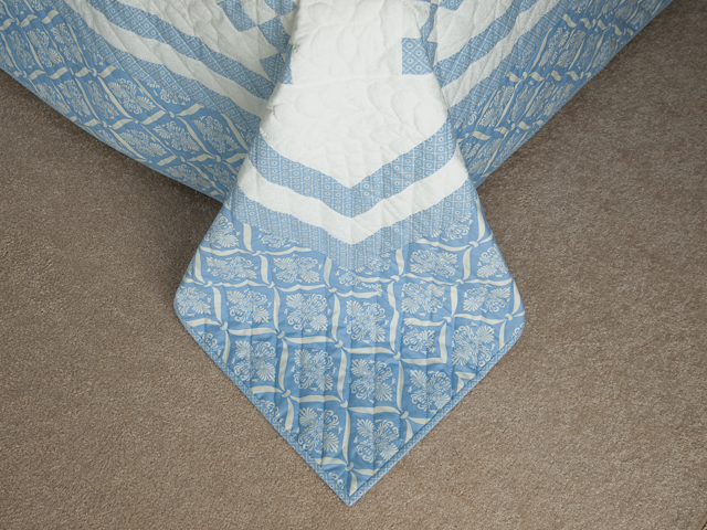 Blue and White Nine Patch Quilt Queen Size Photo 7