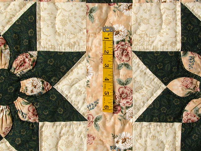 Dark Green and Peach Dahlia Quilt Photo 5