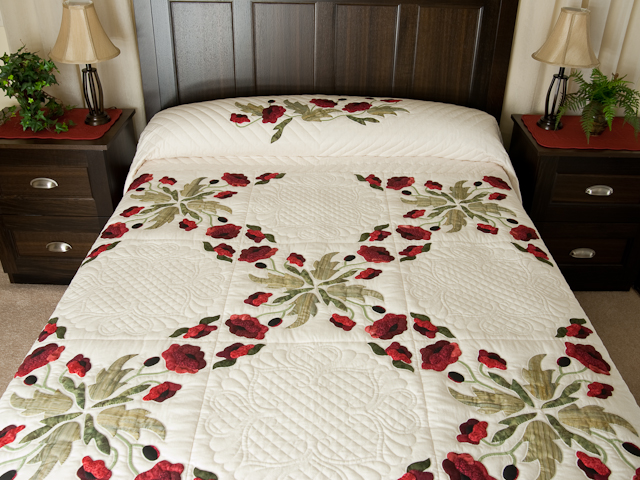 Red and Green Poppy Fields Quilt Photo 1