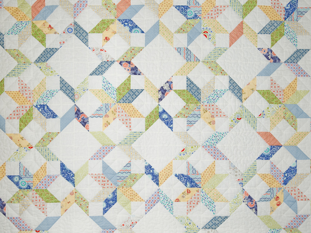 FRESH plus Pillow Shams -blues/yellows/greens Queen Size Bed Quilt Photo 3