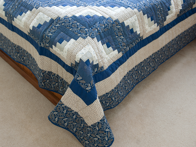 Slate Blue and Tan Log Cabin Lone Star Quilt Photo 7