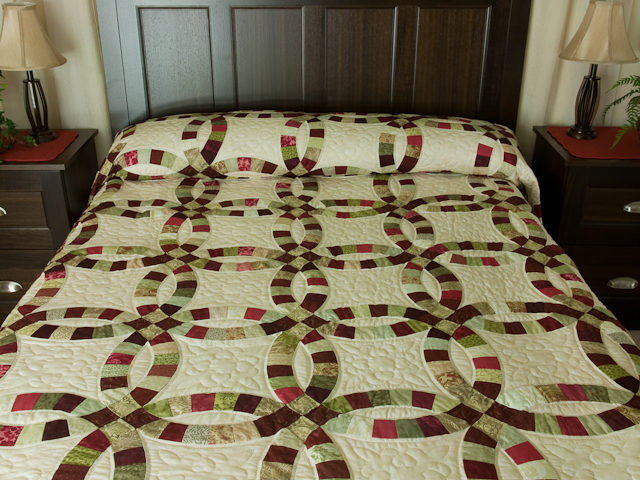 double wedding ring quilt queen size bed quilt photo