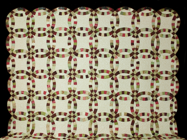 Double Wedding Ring Quilt Burgundy/sage queen size bed quilt Photo 2
