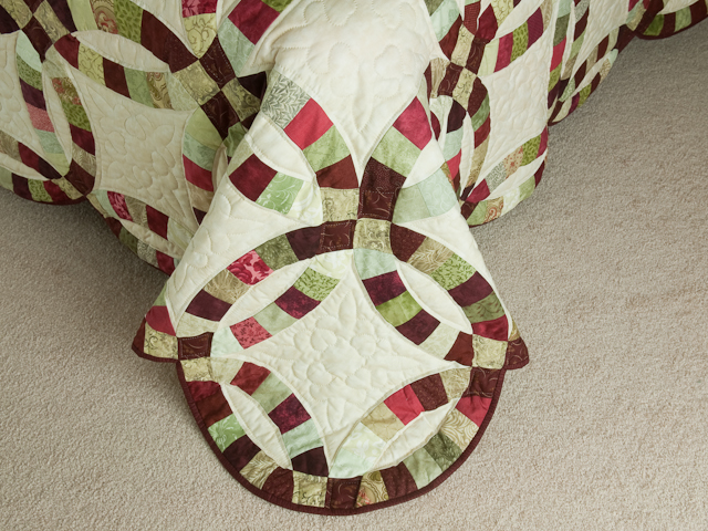 Double Wedding Ring Quilt Burgundy/sage queen size bed quilt Photo 7
