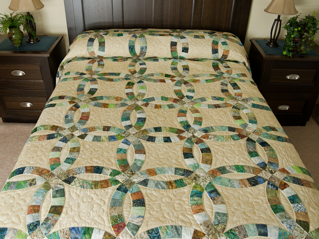 Wedding Ring in Batiks  Queen Bed Size Quilt Photo 1