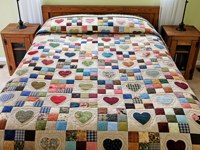 Green and Multicolor Hearts and Nine Patch Quilt Photo 1