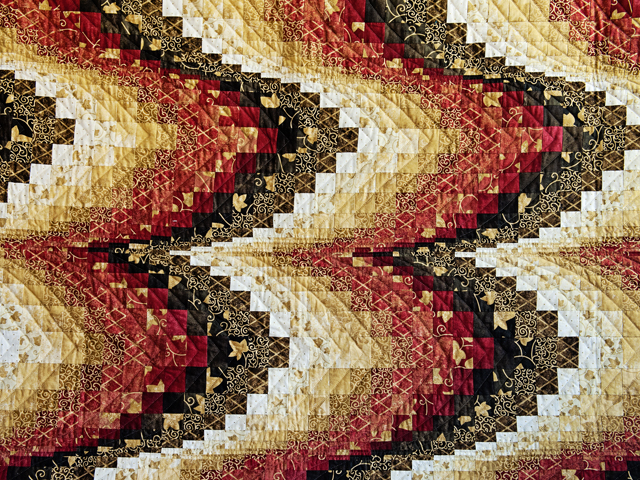 King Brick, Gold and Black Bargello Photo 3