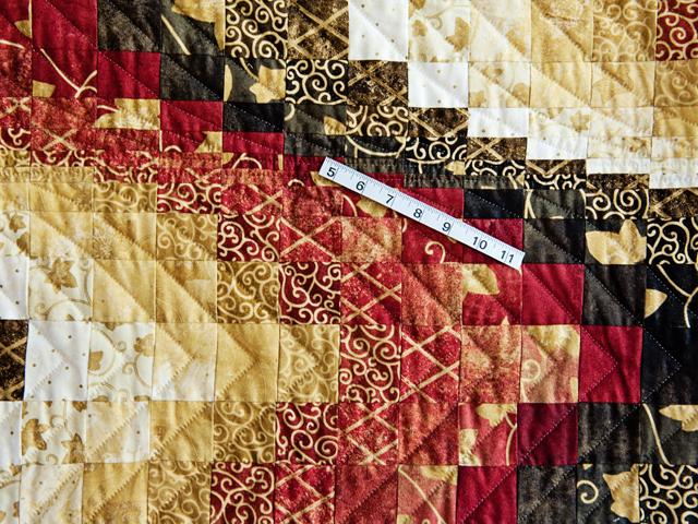 King Brick, Gold and Black Bargello Photo 5
